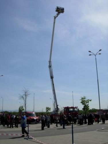 2008-05-07-den-hasicov-04-velke
