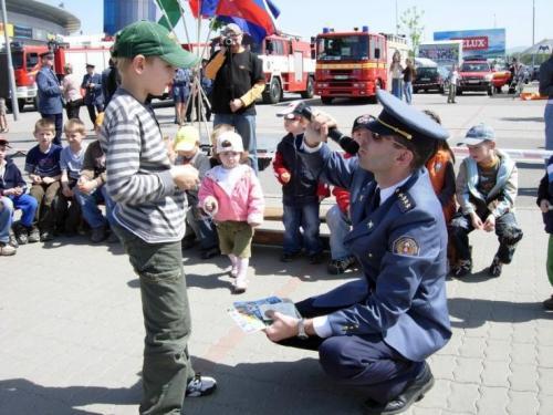 2008-05-07-den-hasicov-05-velke