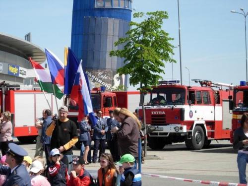 2008-05-07-den-hasicov-06-velke