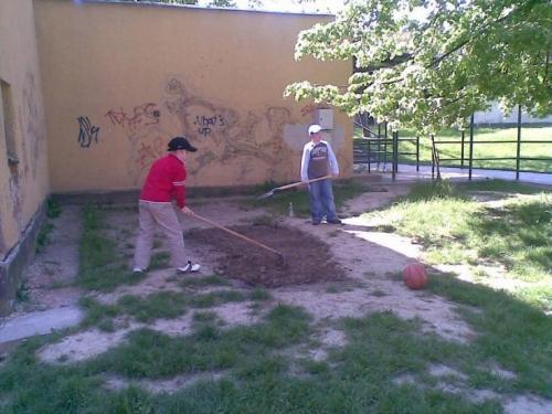 2008-05-15-mozaika-v-piesku-01-velke