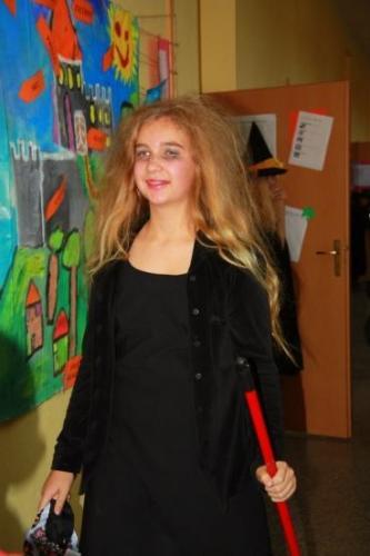 2008-10-29-halloween-party-06-velke