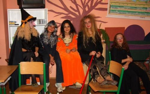 2008-10-29-halloween-party-10-velke