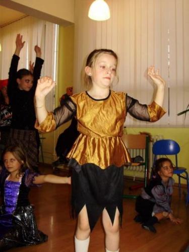2008-10-29-halloween-party-18-velke