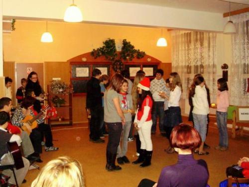 2008-12-17-vianocna-besiedka-04-velke