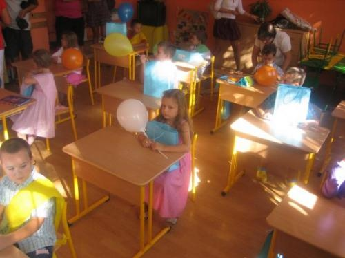 2009-09-02-prvy-den-v-skole-05-velke