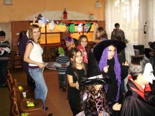 2009-10-15-halloween-02-velke