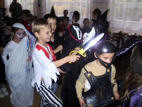 2009-10-15-halloween-03-velke