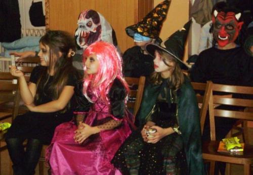2009-10-15-halloween-07-velke