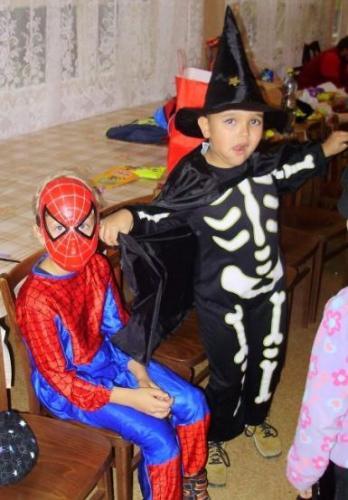 2009-10-15-halloween-08-velke