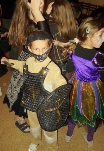 2009-10-15-halloween-09-velke