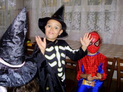 2009-10-15-halloween-14-velke