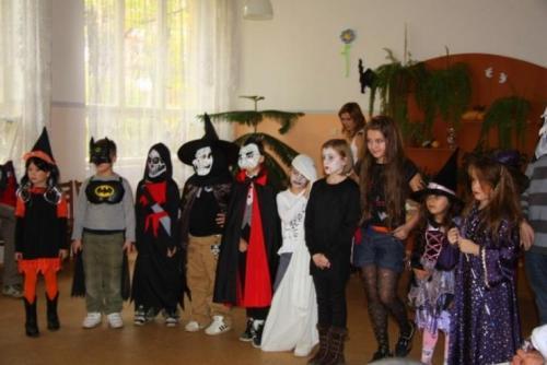 2009-10-15-halloween-15-velke