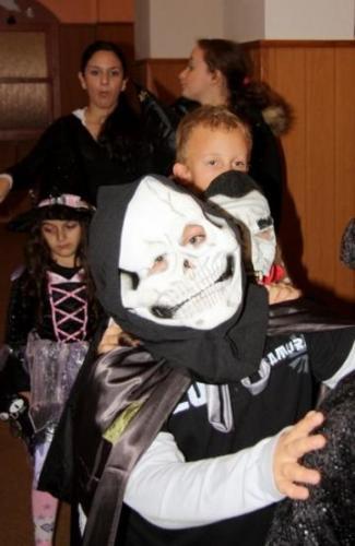 2009-10-15-halloween-17-velke
