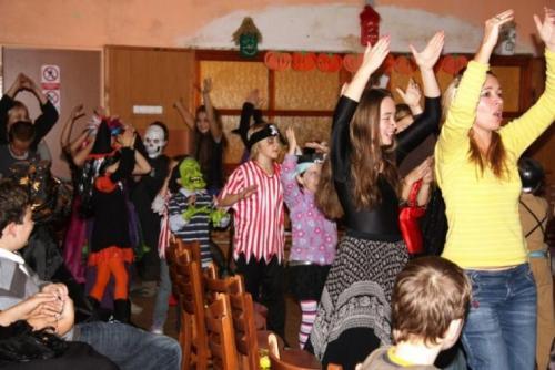 2009-10-15-halloween-18-velke