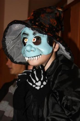 2009-10-15-halloween-23-velke