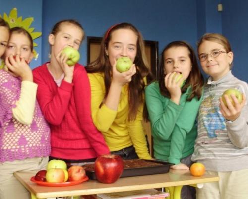 2009-10-15-jablkovy-tyzden-09-velke