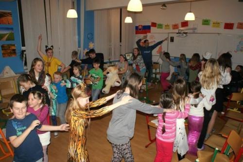 ANDERSENOVA NOC 2014-045-velke