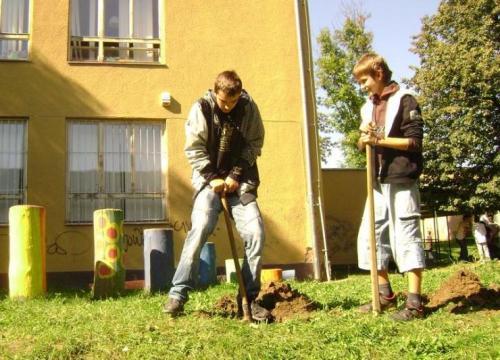 celosvetovy-den-sadenia-stromcekov-01-velke