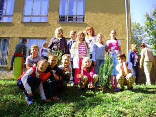 celosvetovy-den-sadenia-stromcekov-07-velke