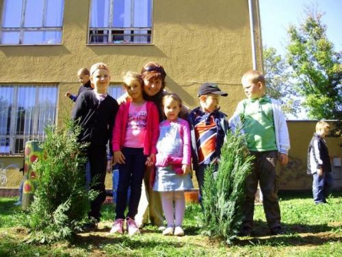 celosvetovy-den-sadenia-stromcekov-08-velke