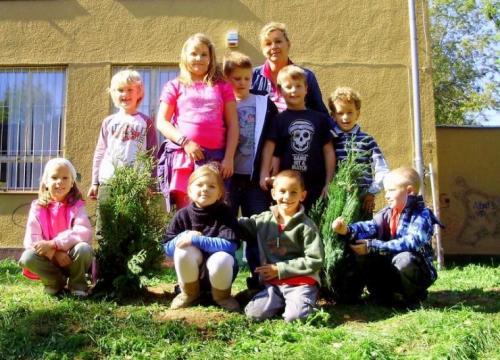 celosvetovy-den-sadenia-stromcekov-09-velke