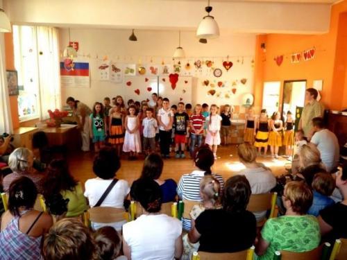 Predstavenie pri príležitosti Dňa matiek, 11.5.2012