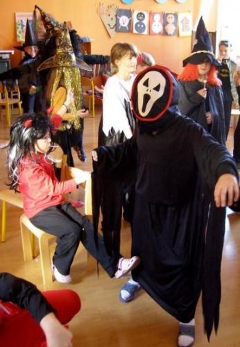 halloween-party-v-skolskom-klube-halloween-06-velke