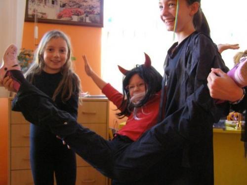 halloween-party-v-skolskom-klube-halloween-09-velke