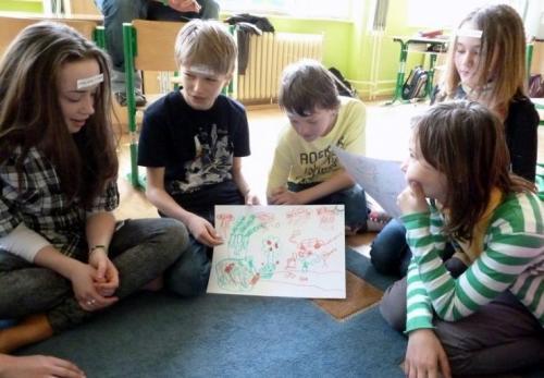 peer-skupina-na-skole-aktivity-v-triedach-16-velke