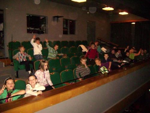 predstavenie-snehulienka-v-divadle-thalia-01-velke