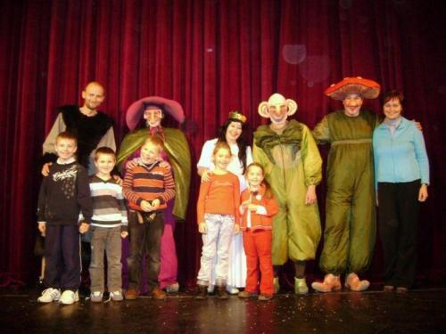 predstavenie-snehulienka-v-divadle-thalia-06-velke