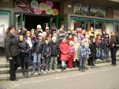 predstavenie-snehulienka-v-divadle-thalia-09-velke